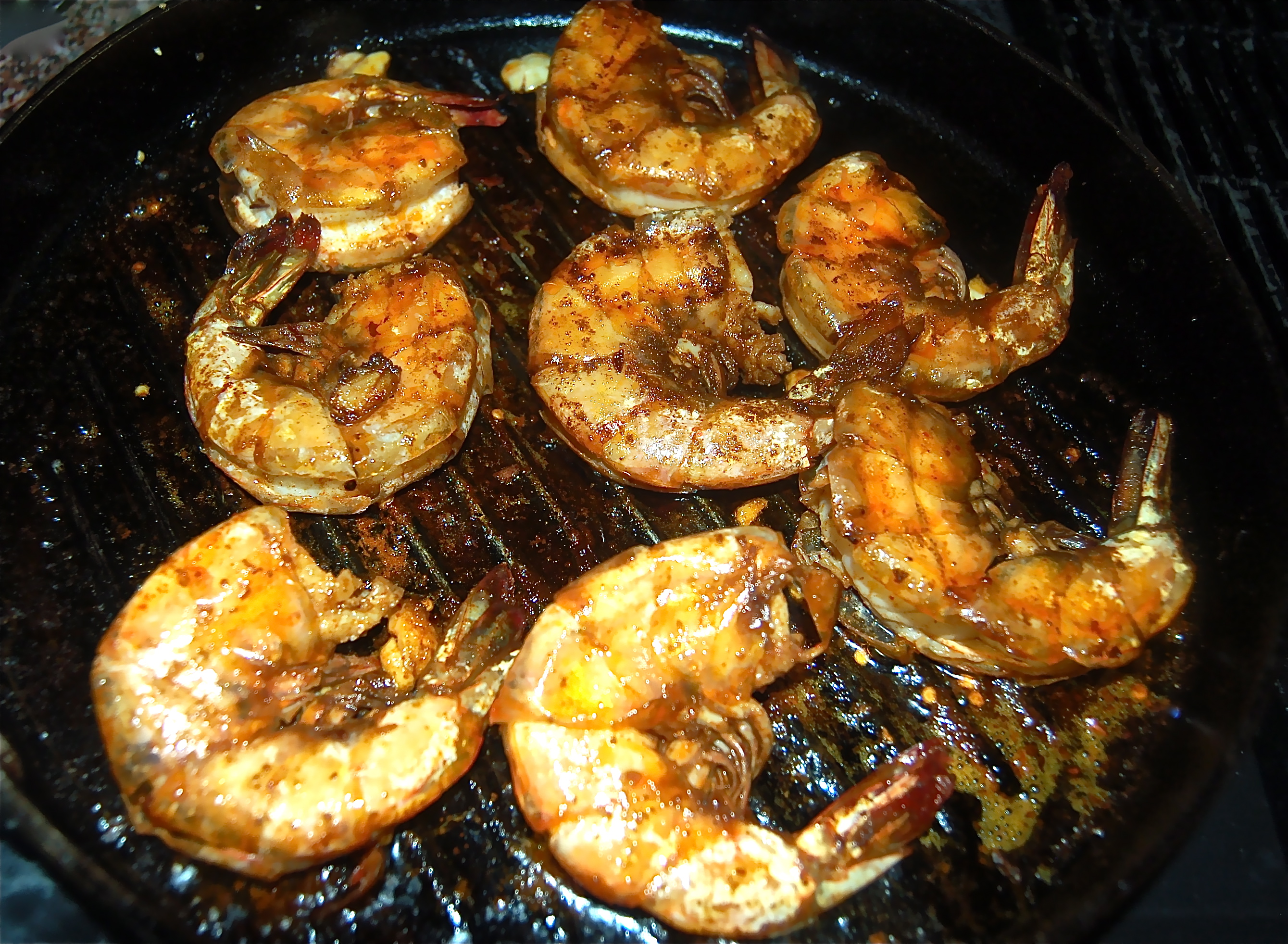 Colossal Size Shrimp Grilled In a Cast Iron Pan   CookTeaser