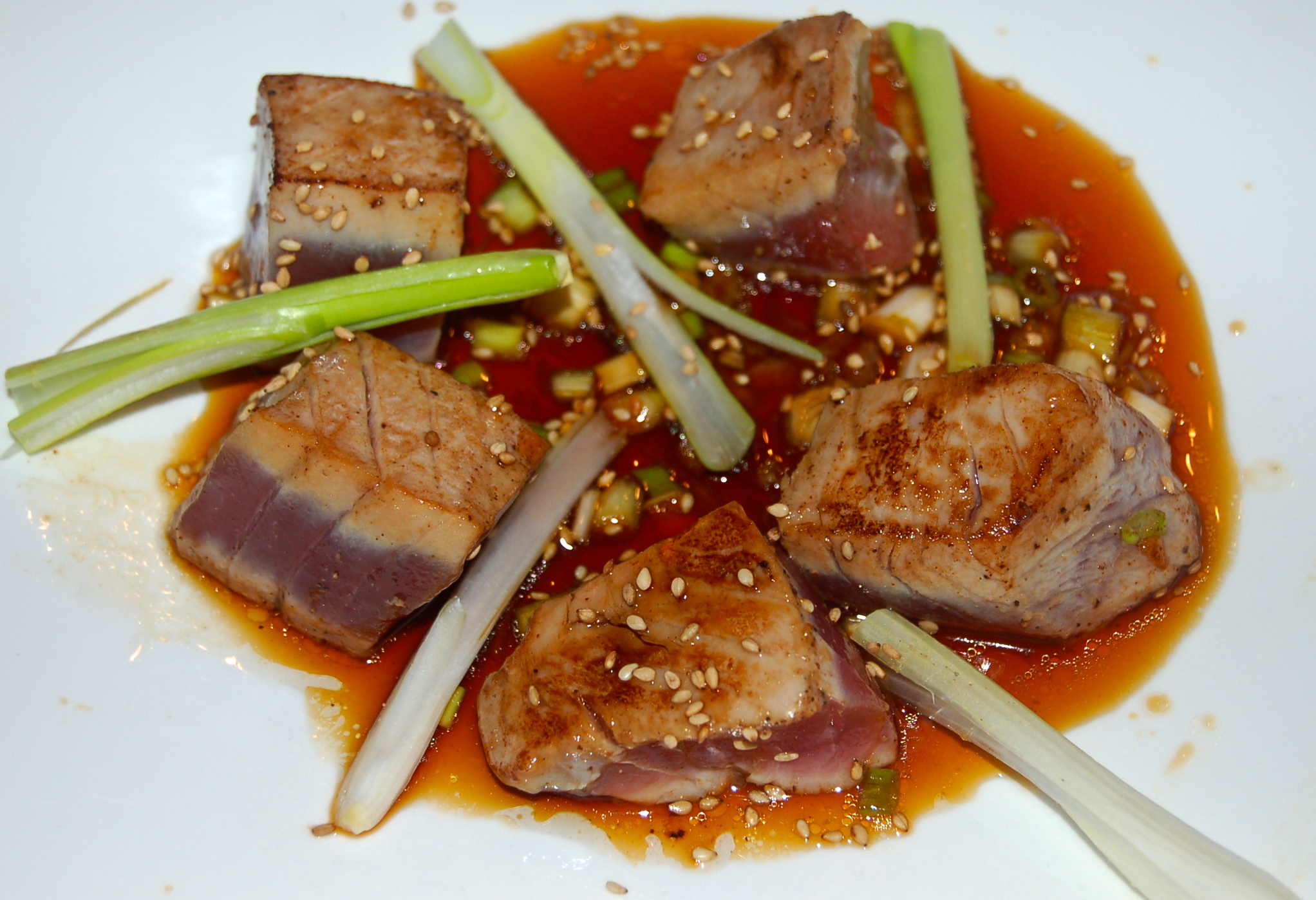 Sushi grade tuna with asian dipping sauce cookteaser for Sushi grade fish