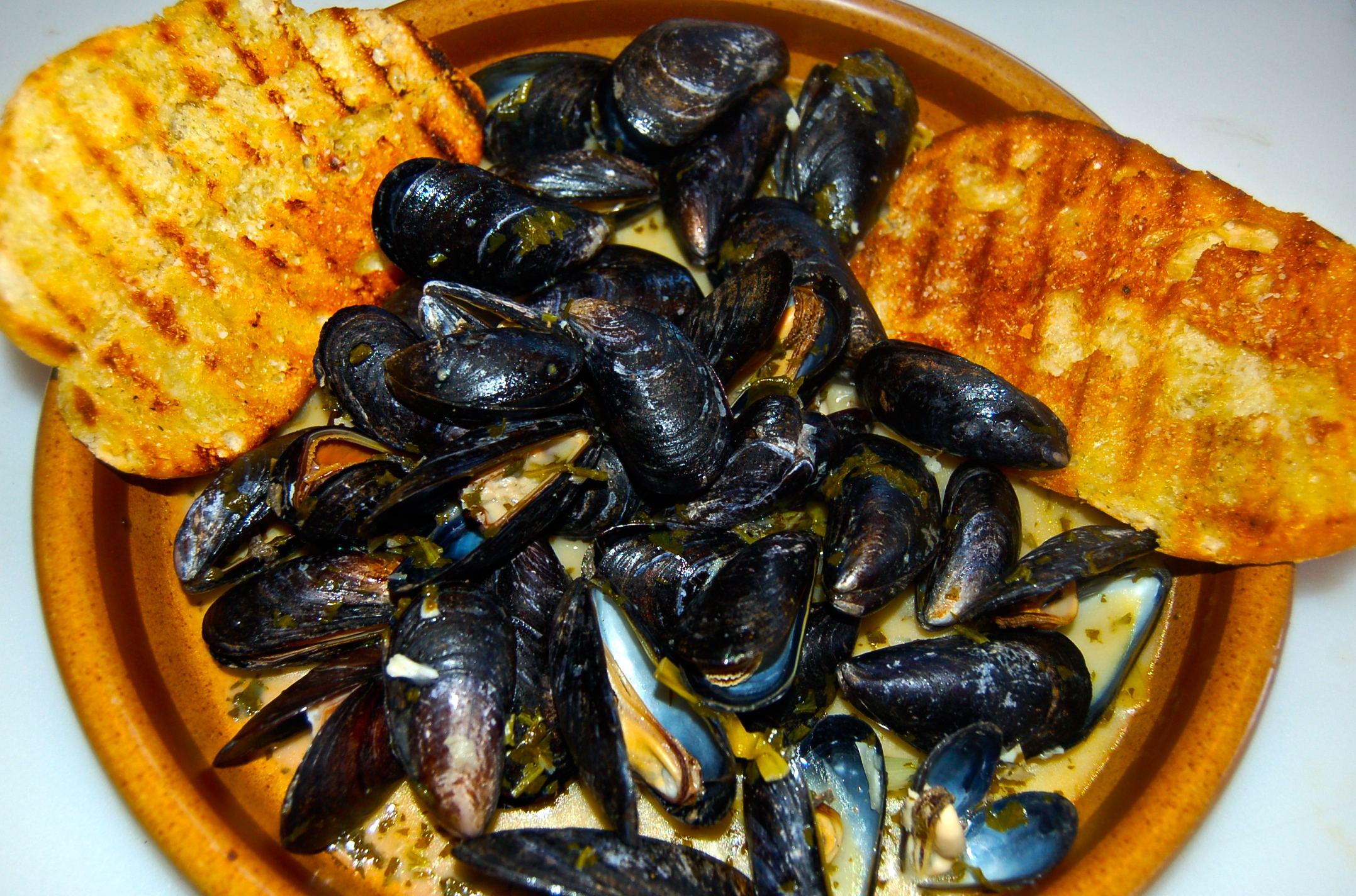 June 22, 2012 Thai Steamed Mussels